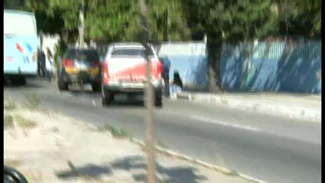 O acidente ocorreu quando dois coletivos colidiram com dois veículos de passeio na Avenida Mister Hull.