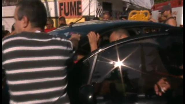 O caso ocorreu no cruzamento da Avenida Silas Mungula com a Rua do Fim, na Parangaba. Seis pessoas envolvidas, mas nenhuma teve grandes ferimentos.