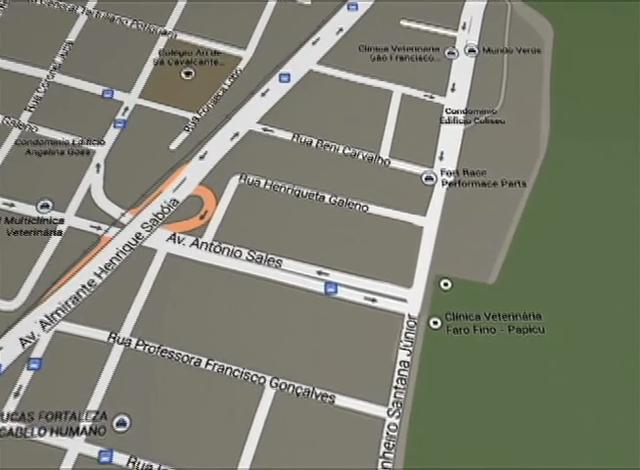 Trânsito é desviado para obras do viaduto do Cocó